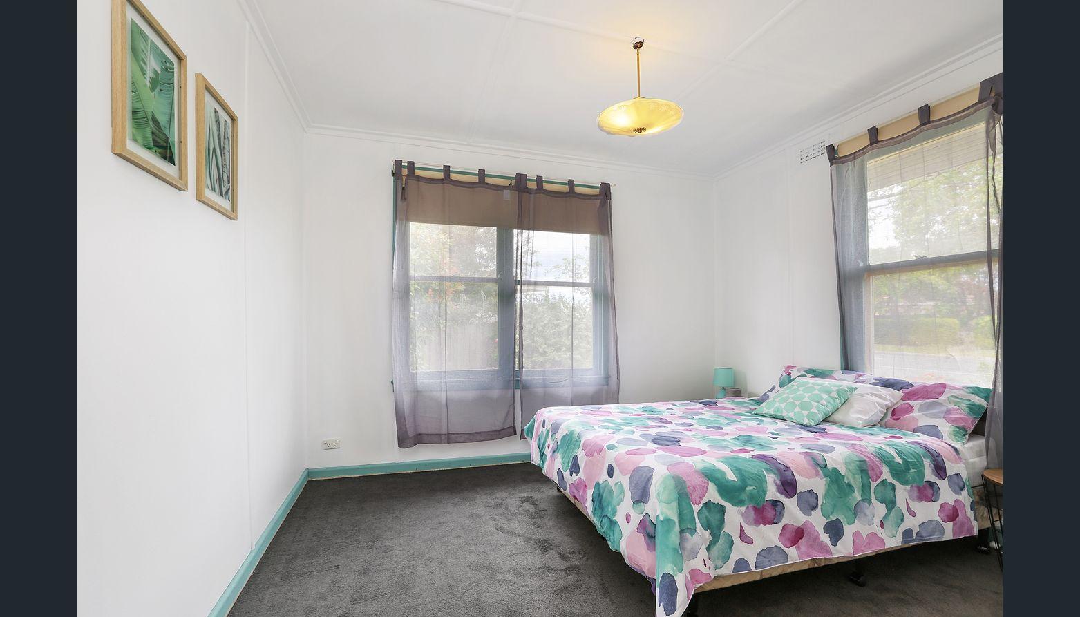 7928256__1592196729-26084-bedroom1